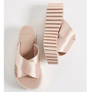 TORY BURCH Slide Sandals